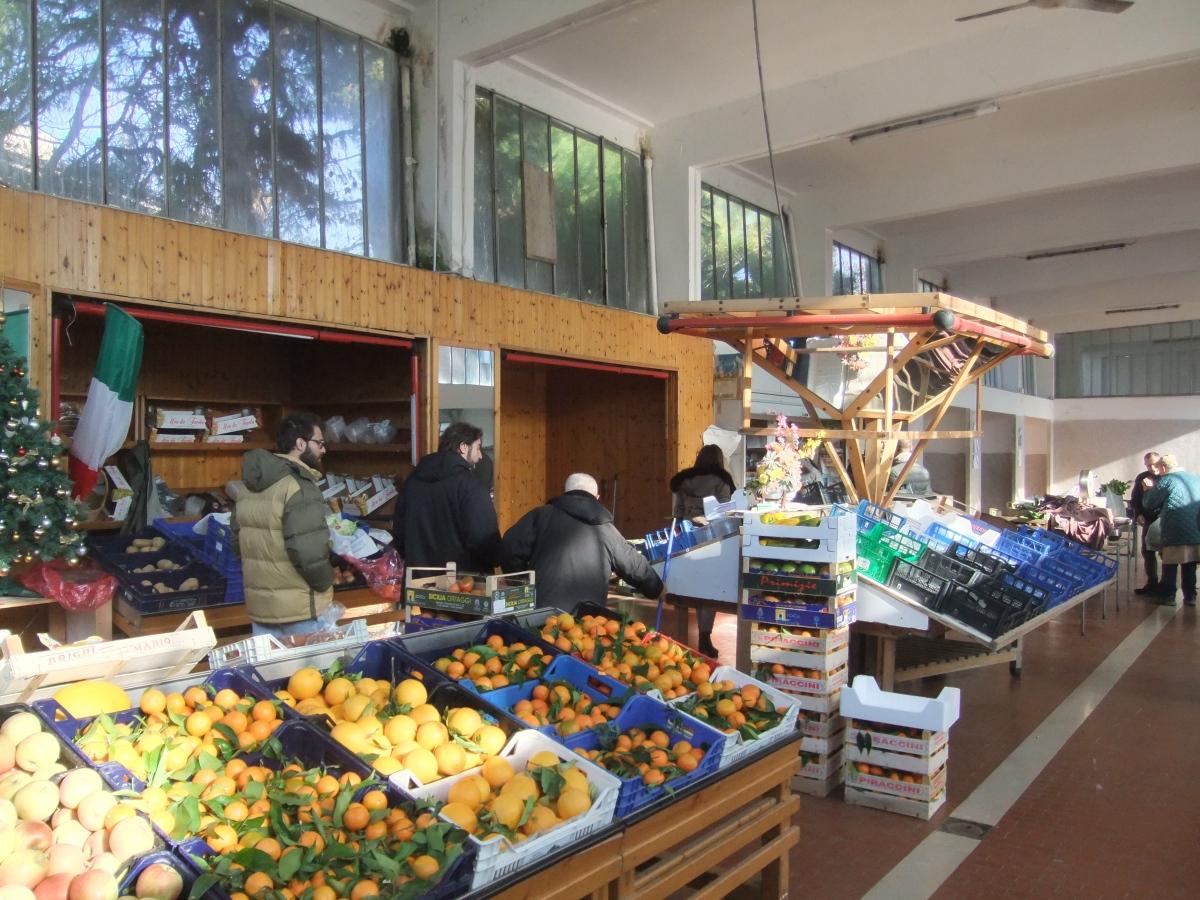 Riqualificare il mercato coperto per incentivare il commercio in centro