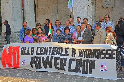 powercrop-comitato-anti-centrale-protesta