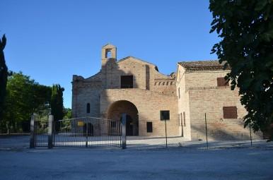 basilicasantacrocefrontale